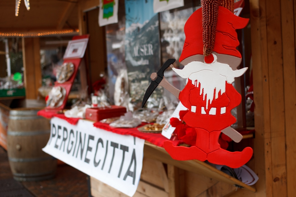 Kerstmarktkraam in Valsugana