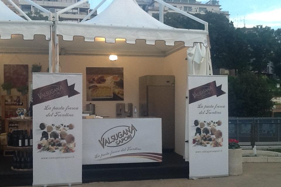 lo stand di Valsugana Sapori (Trentino) a Taste of Roma 2013