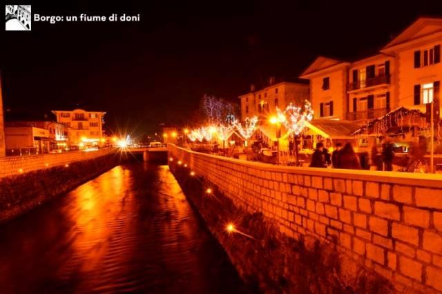 Mercatini di Natale Borgo Valsugana - Un fiume di doni